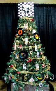western-financial-group-rockin-around-the-christmas-tree